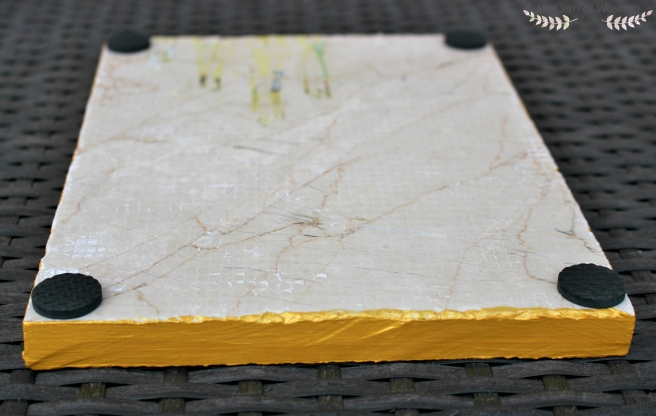 diy-gold-rimmed-marble-tray-pads