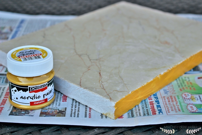 diy-gold-rimmed-marble-tray-paint