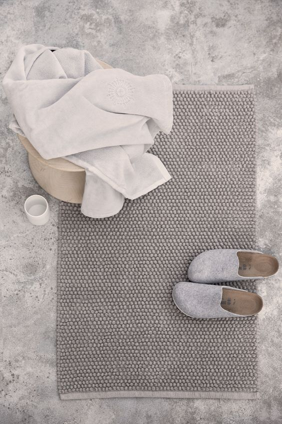 towel slippers bathmat