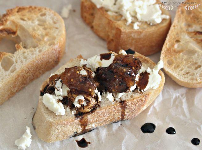 goat cheese crostini with fig chutney