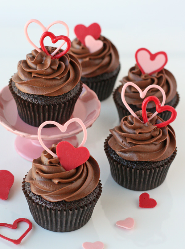 heart accent cupcake toppers