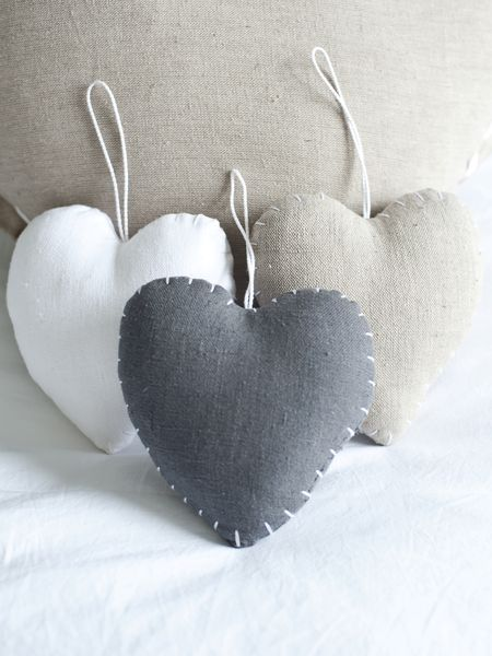 stich detail hearts