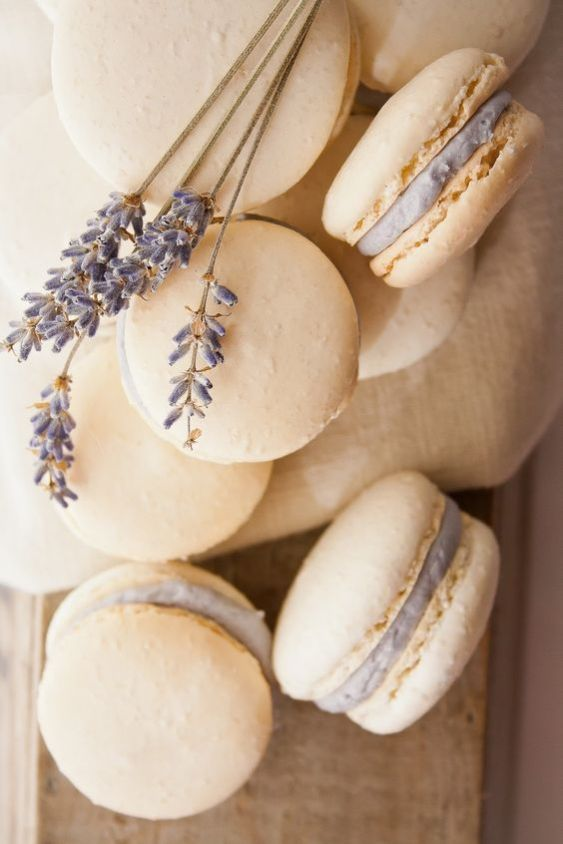honey lavander macarons