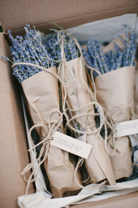 lavander wedding favors