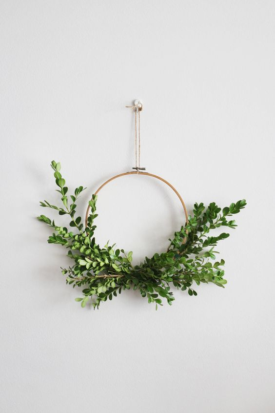 minimal wreath